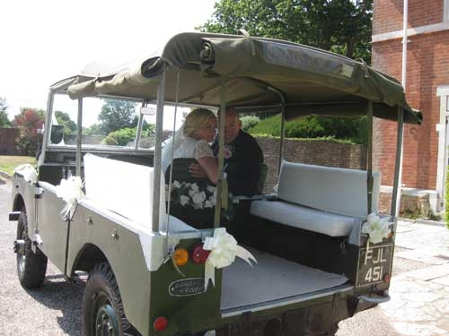 Landrover Series 1 Swanmore Wedding Cars